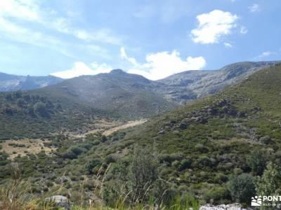 Sierra de Gredos; Barco Ávila; peso maximo mochila montañaclubs de senderismo arbol el tejo club de
